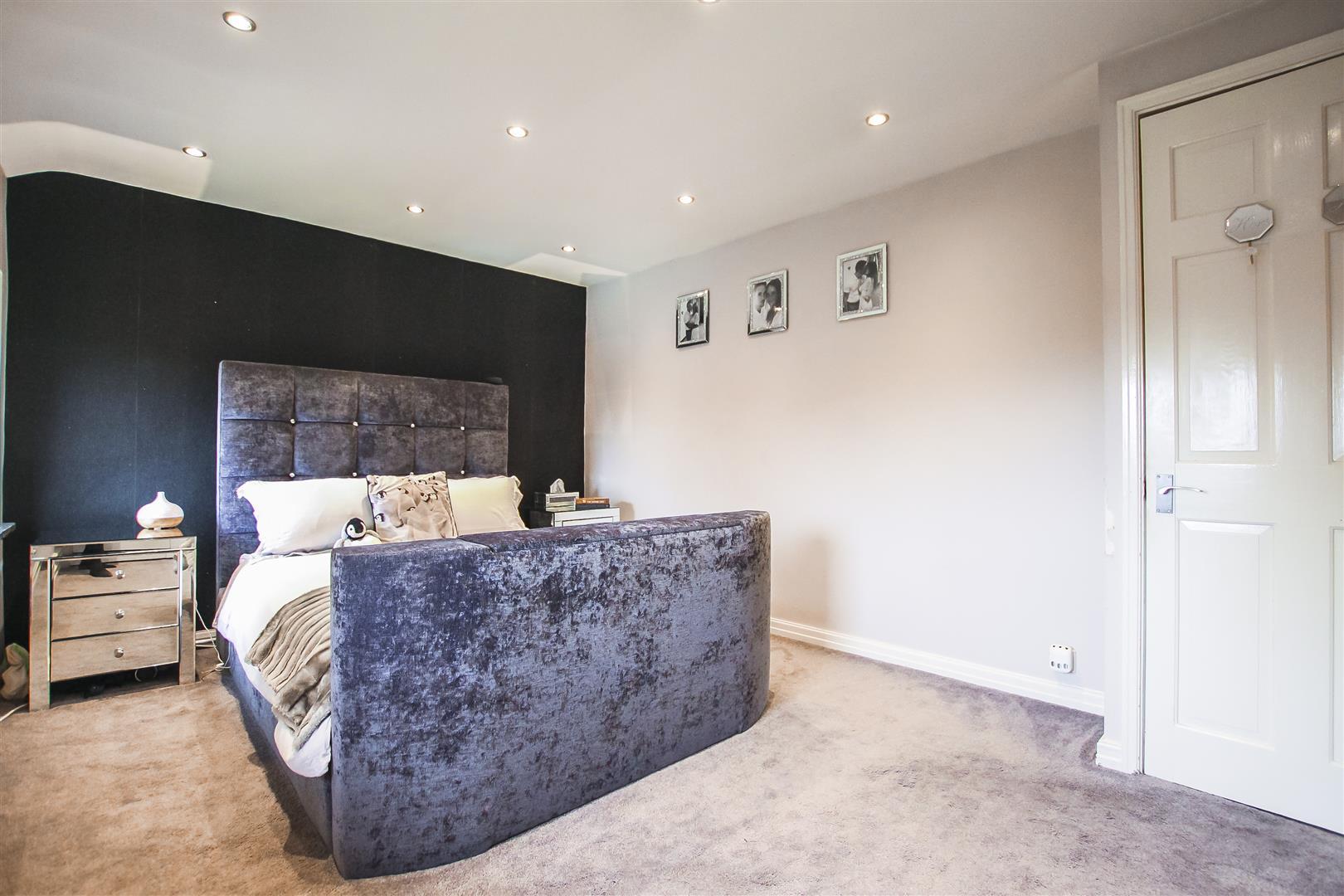 3 Bedroom Terraced Cottage For Sale - Image 5